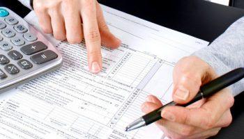 Podatkowa księga przyhcodów i rozchodów oraz księgi rachunkowe - teoria i praktyka